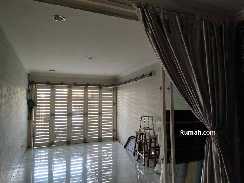 Rumah HOOK mewah bagus lokasi Cipinang #101795501