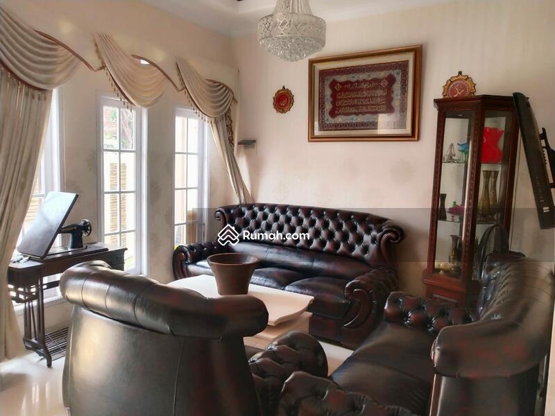 Rumah bagus, cantik dan murah lokasi Matraman #101818635