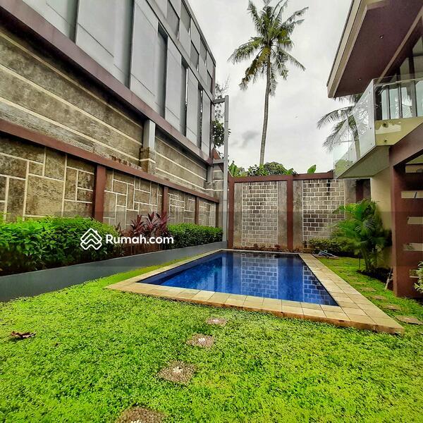 READY STOCK! Siap Huni. Town House Mewah 3 Lantai di Ragunan, Jakarta Selatan #101839943