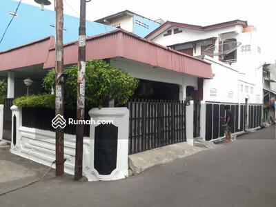 Dijual - Di Jual  Rumah Kayuringin Jaya Bekasi Selatan Kota Bekasi Luas 135 Rp 1, 9 Milyar Nego