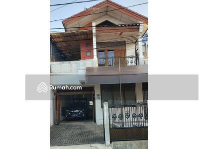 Dijual - Dijual rumah siap huni di Otista