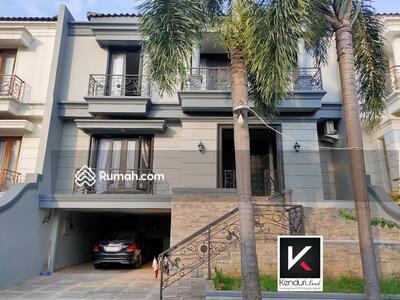 Dijual - Rumah MEWAH di CILANDAK dengan PRIVATE POOL