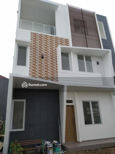 Rumah Minimalis Lokasi Strategis One Gate System di Rawamangun4 #102131791