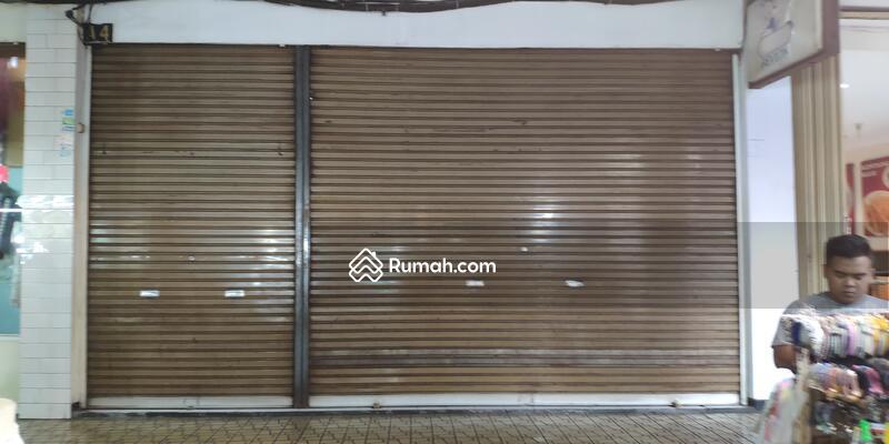 Gajah Mada PLaza  pusat bisnis barang langka Malang #102256491