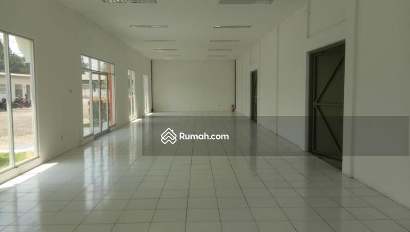 Pabrik Gudang Bagus Serta Ruang Kantor Siap Pakai Berloksi Sangat Strategis Karawaci Legok Tangerang #102277737