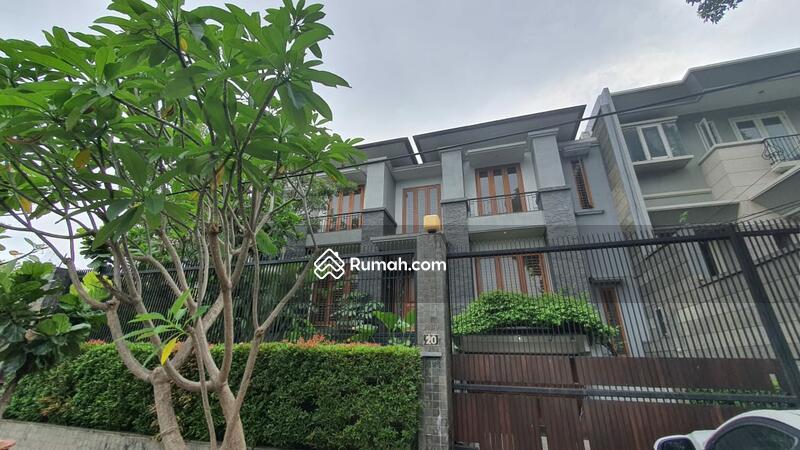 Dijual rumah di jalan brawijaya 1A kebayoran jaksel #102358499
