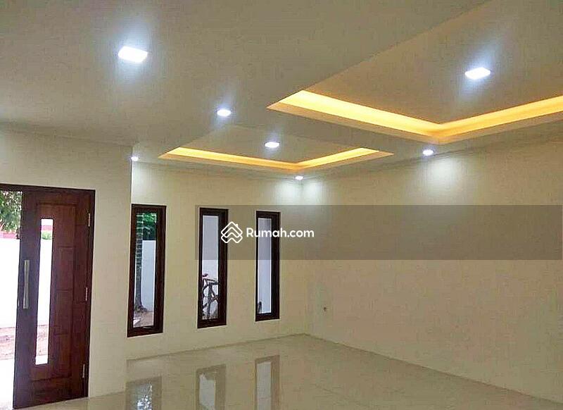 HOT DEAL JARANG ADA!! Rumah minimalis di Cipete raya siap huni #102399579