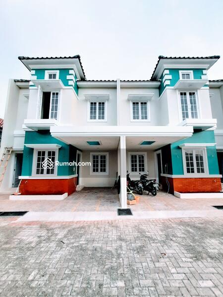 Town House Rumah Klasik Mewah Nyaman Ekslusif Nempel Jagakarsa #102449593