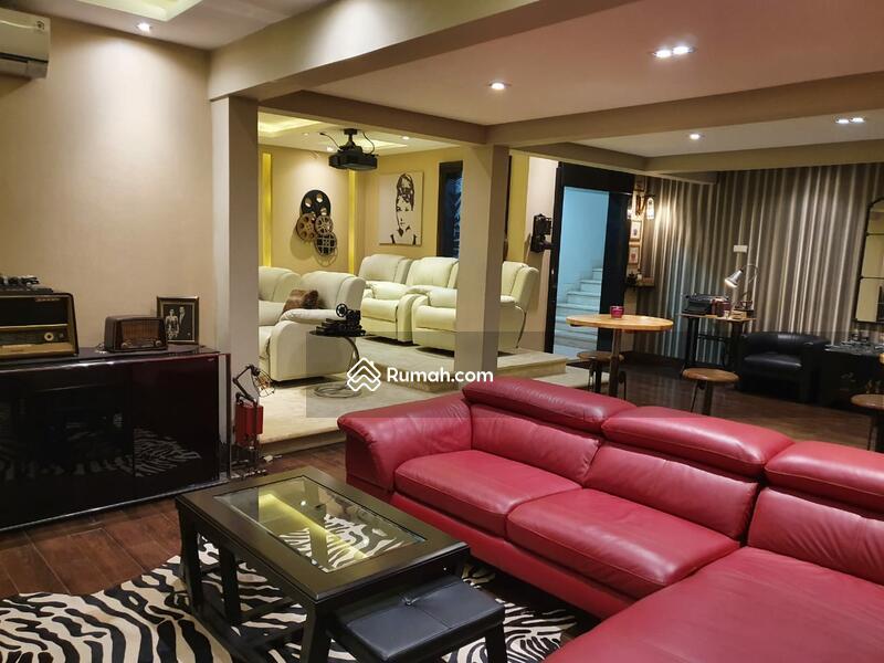 Rumah Lux Modern Siap Huni Lokasi Premium Menteng Lingkungan Bagus Nyaman Asri Aman Jakarta Pusat #102498361