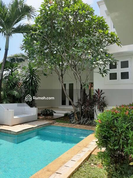 Luxury House in Cilandak Barat South Jakarta #102501085