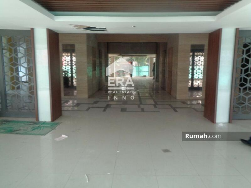 Gedung mewah di Jalan Dewi Sartika Bandung #102592903