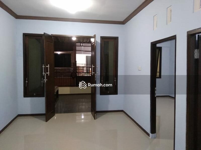 Sukolilo Dian Regency #102595721