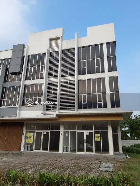 Ruko Hoek 3 Lantai Gandeng di Little Ginza, Citra Raya, Tangerang #102600945