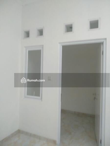 DIJUAL CEPAT bangunan baru di graha raya #102603185