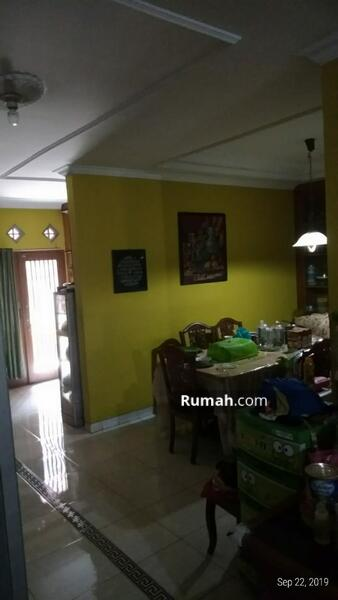 Rumah 2lantai siap huni luas 247m Type 5KT Rawamangun Jakarta Timur #102609439