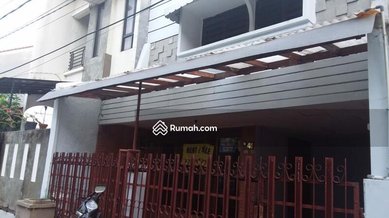 Rumah Pulo Asem #102614947