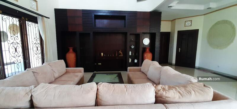 For Lease Big House 6 bedrooms at Dalung near Canggu full furnished with big pool #102616269