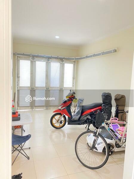 Dijual rumah di summarrecon bagus full furnished #102617473