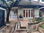 Rumah lama di bintaro cocok untuk investasi