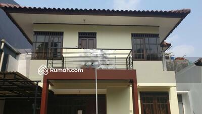 Dijual - Rumah Cantik 144 meter di Rawamangun