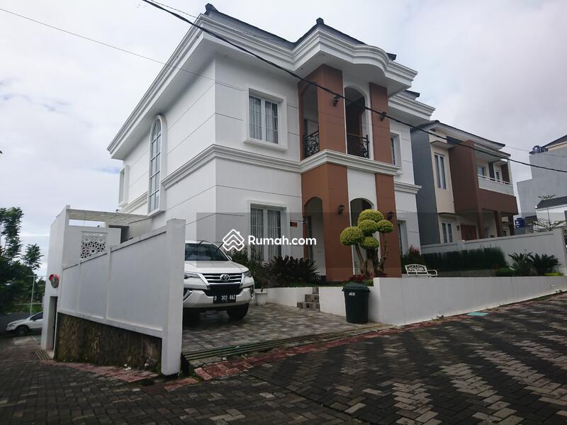 Rumah mewah harga murah di Lembang #102690155