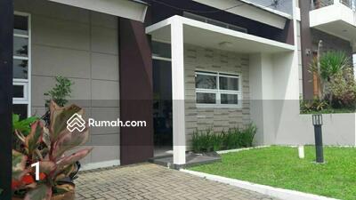 Dijual - BEST SELLER! Nuansa Villa di Arcamanik atas Sindanglaya, Udara Segar One Gate System