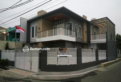 Dijual - Jual Rumah Hook Minimalis & Elegant di Pondok Kelapa Jakarta Timur