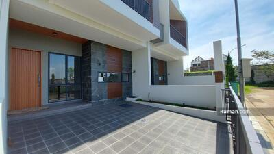 Dijual - Rumah Baru Mewah Setra Duta Bandung