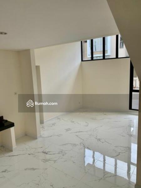 Dijual Rumah MEWAH Type 9 Di Cluster Semayang Asya Jakarta Garden City #103177293