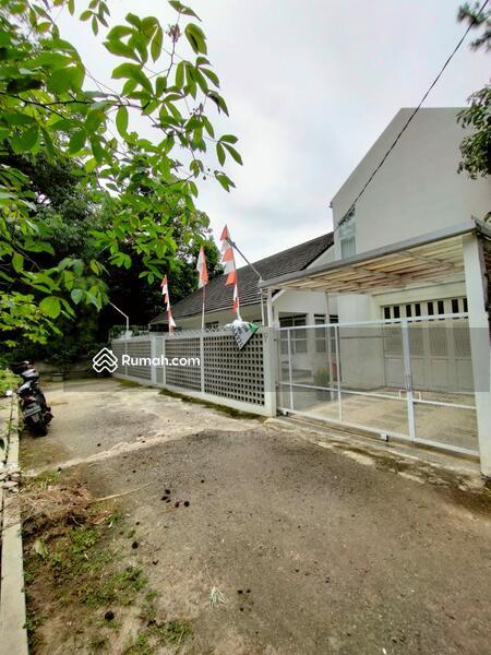 Rumah Bagus Sejuk dan Asri Siap Huni Full Furnished Area Bojong Koneng Atas Bandung #103330907