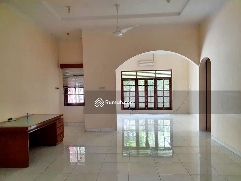 Hitung Tanah Untuk Bangun Rumah Baru Lokasi Strategis Premium Dekat SCBD Senayan Kebay Baru Jkt Sltn #103357415