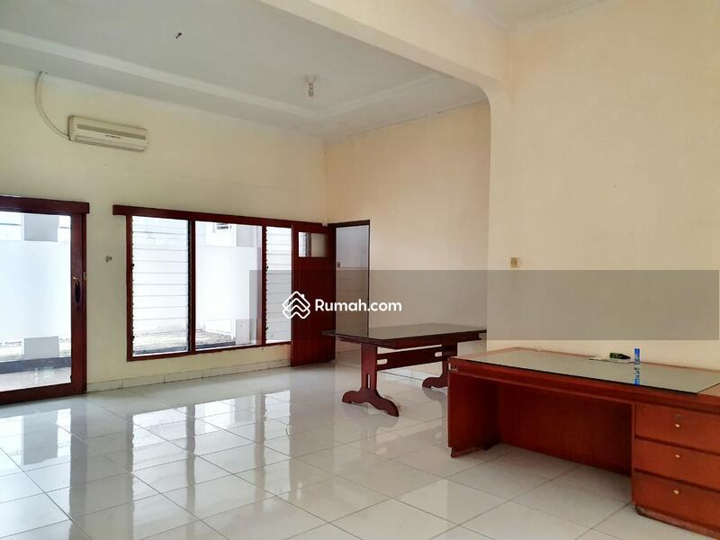 Hitung Tanah Untuk Bangun Rumah Baru Lokasi Strategis Premium Dekat SCBD Senayan Kebay Baru Jkt Sltn #103357419