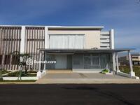 Dijual - Rumah 2lt siap huni 7x15 105m2 Type 3KT di Cluster Yarra JGC Jakarta Garden City