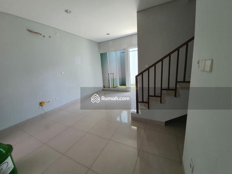 Rumah 2 lantai siap huni 7x15 105m Type 3KT Cluster Yarra JGC Jakarta Garden City Cakung #103402159