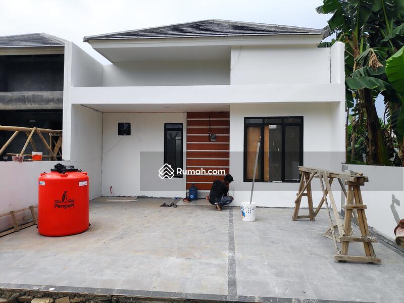 Rumah Dijual Lokasi Hidup dan Berkembang di Dalam Cluster. Strategis dan Bebas Banjir! #109465663