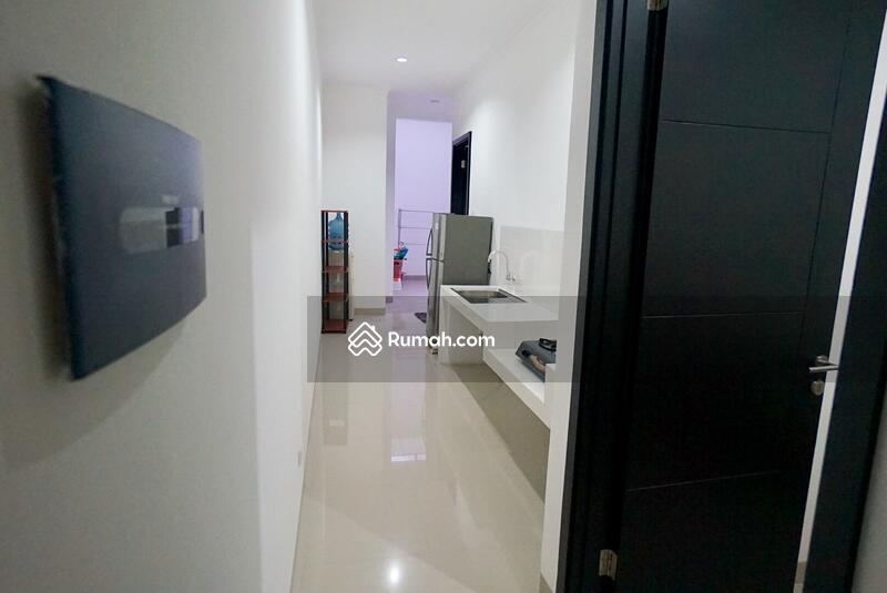 Rumah mewah 2 lantai dalam komplek elite jagakarsa #103592387