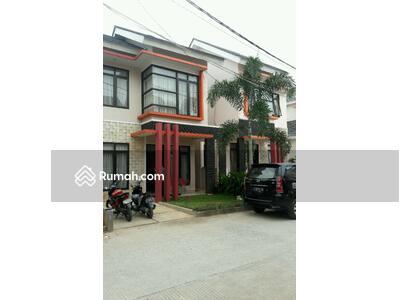 Dijual - Rumah 2 lt di Razbi Prima Islamic Mansion