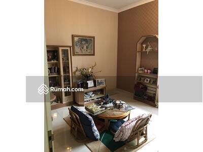 Dijual - Rumah garden house 8x17, 2 lantai, rapi, 5. 5m nego