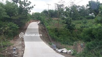Dijual - Dijual tanah strategis persis pinggir jalan yg sudah di cor di Kutamaneuh, Purwakarta