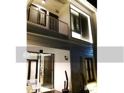 Dijual - Dijual Rumah Cantik dalam Cluster yang nyaman di Jatiwaringin Jakarta Timur