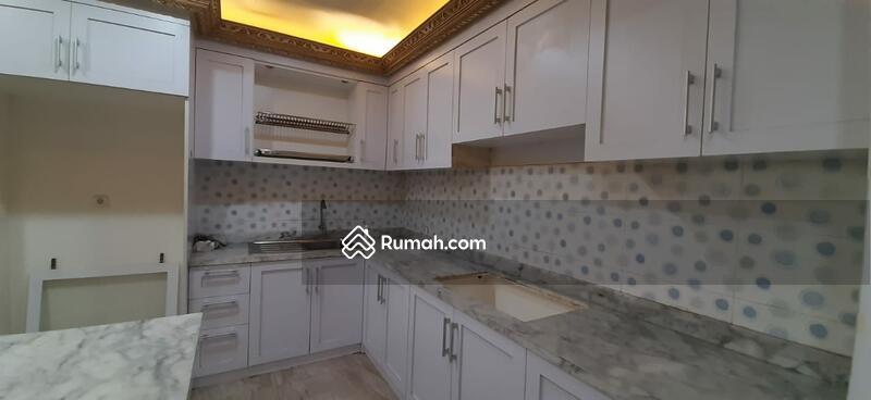 Rumah Murah Bergaya Klasik Modern di Gading Griya Lestari #103814369