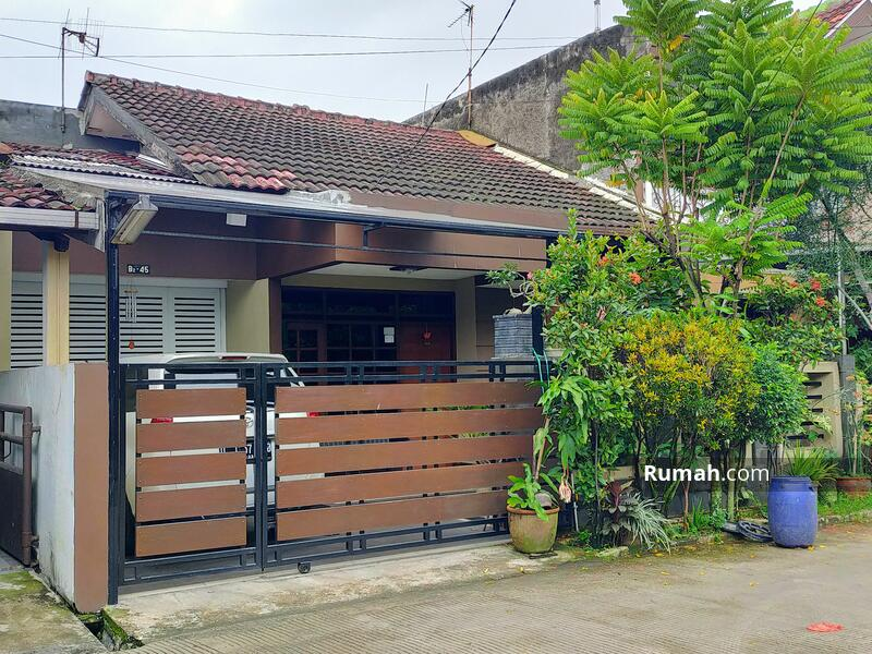 Rumah Minimalis di Taman Kopo Indah 1 #103849407