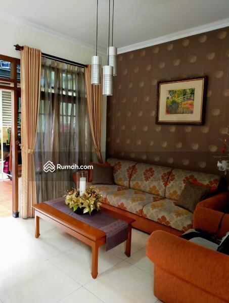 Rumah Minimalis di Taman Kopo Indah 1 #103849589