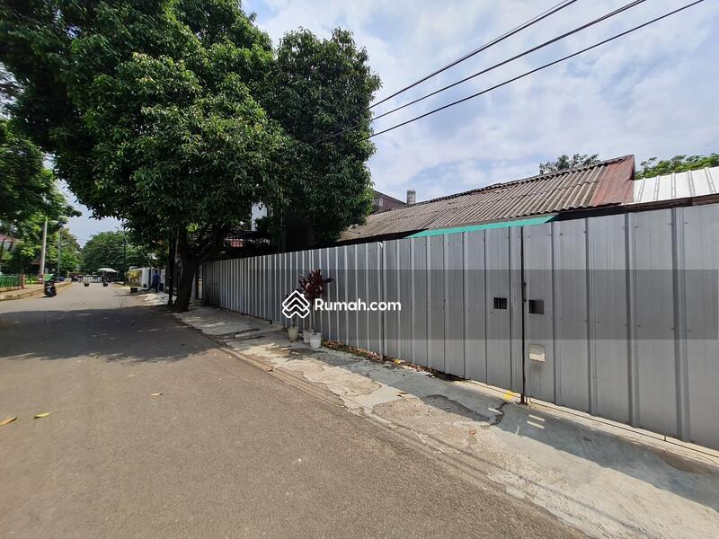 Rumah lama hitung tanah dekat toll cilandak jakarta selatan #103890513