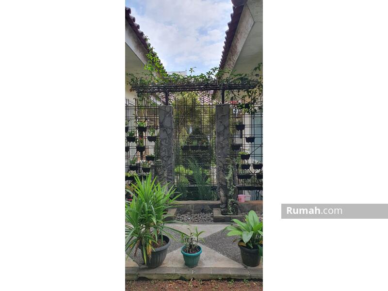 Rumah Jl. Cut Nyak Dien 1. Bintaro Jaya #103902839