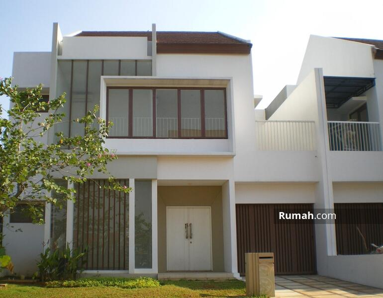 Rumah 2 lantai Siap Huni Type 4+1KT full renoved cluster Lantana JGC Jakarta Garden City Cakung #103912995