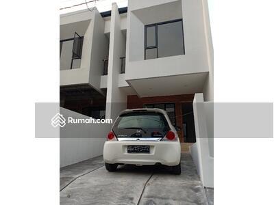 Dijual - 4 Bedrooms Rumah Galaxy, Bekasi, Jawa Barat