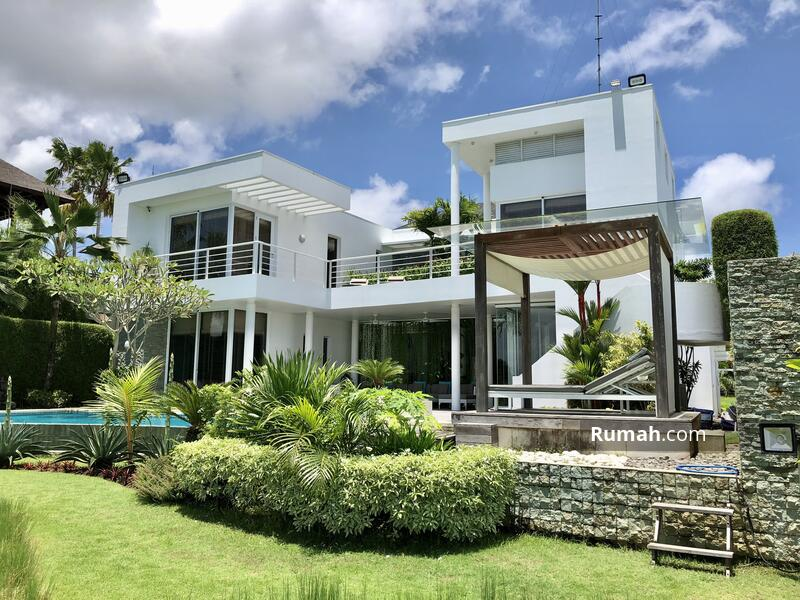 4 Bedrooms luxury villa #104043221