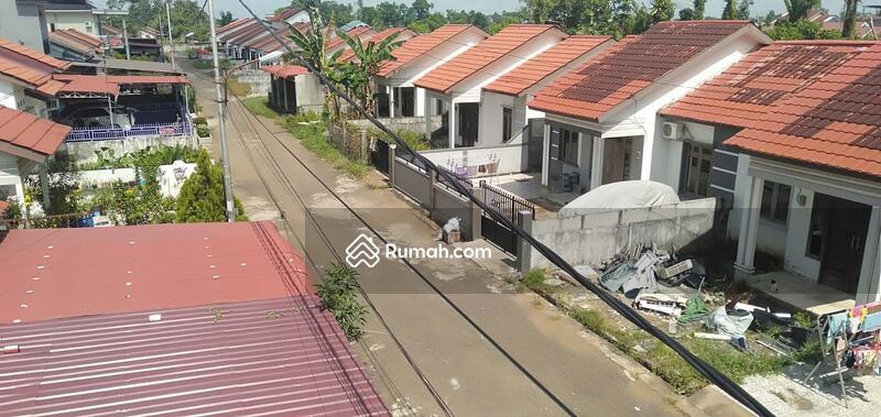 Ruko 2,5 Lantai Desa Kapur (Posisi Hook) Lokasi Teramai Hadap Timur #104268483