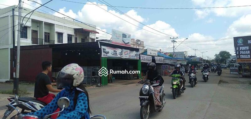 Ruko 2,5 Lantai Desa Kapur (Posisi Hook) Lokasi Teramai Hadap Timur #104268485